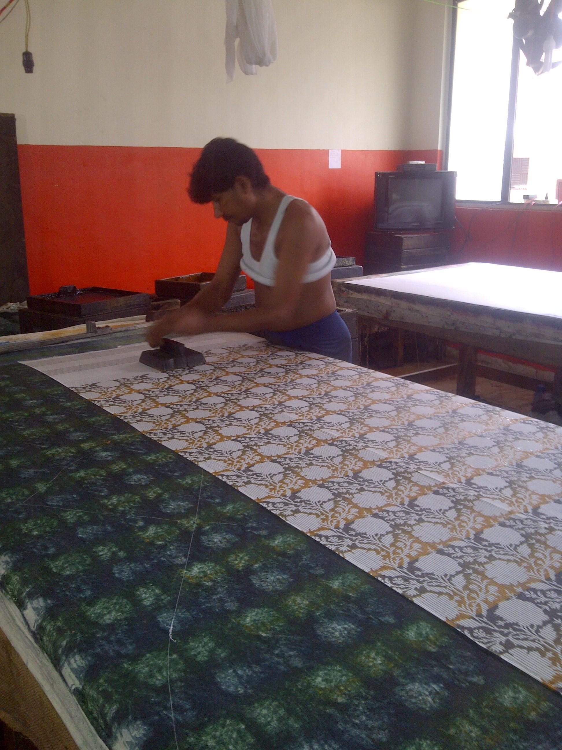 impression par bloc de bois block printing en inde swp fabrication textile en inde. Black Bedroom Furniture Sets. Home Design Ideas
