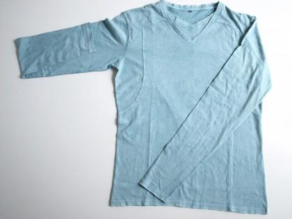 Tshirt grande taille avec double col V, bords francs et délavage