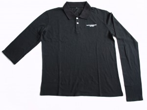 Polo grande taille en 100% coton piqué avec broderie logo.