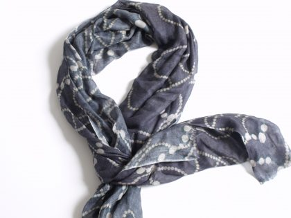 100% cashmere scarf with all over digital print